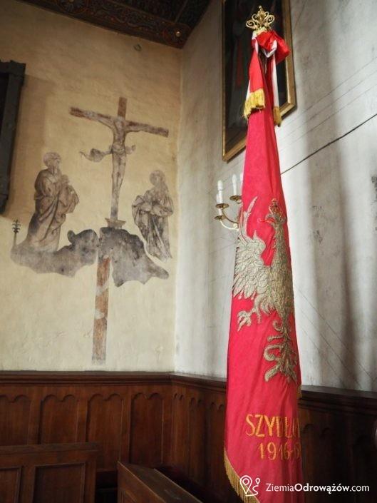 Rysunki na ścianach kościoła w Szydłowcu