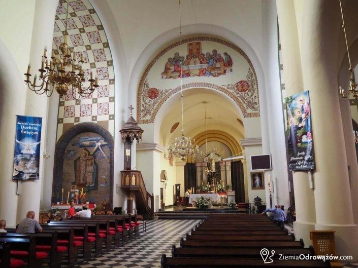 Wnętrze kościoła w Jastrzębiu