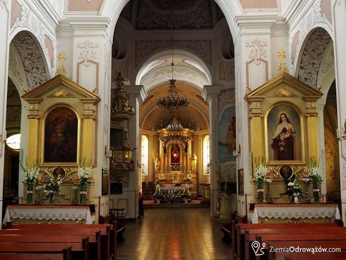 Wnętrze kościoła św. Andrzeja Apostoła